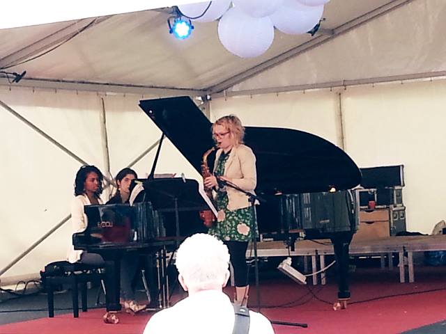 saxofoon-piano-duo-met-ilse-bies